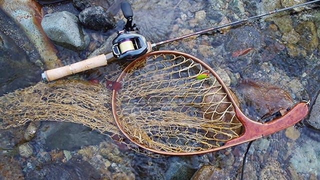 渓流トラウト ルアーフィッシング 必要な道具